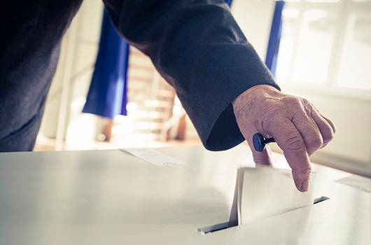 ¿Qué nos ofrecen los partidos políticos en materia de impuestos?