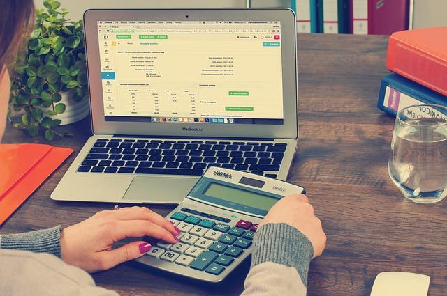 Asesorías contables en España, ¿auditan o contabilizan?